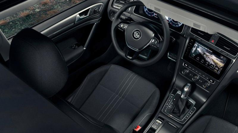 Golf Alltrack - 3